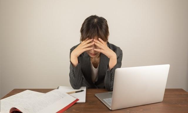 退職代行サービスで即日退職することは違法になるのか